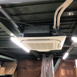 工場空調機・照明器具交換工事